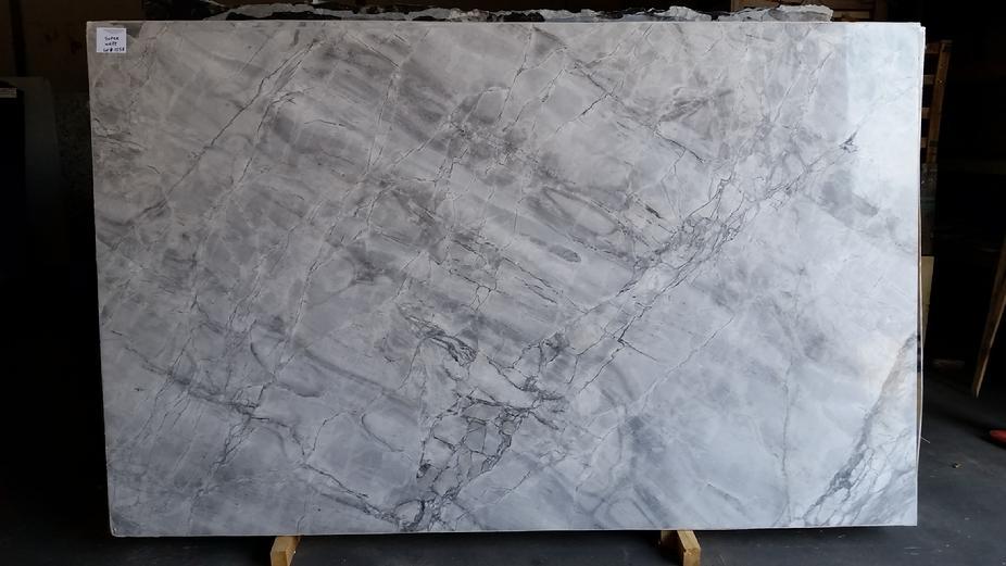 santa cecilia granite backsplash